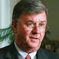 Dr. Kevin Manning